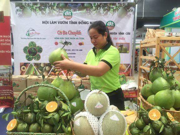 76% người Việt thích mua hàng nội sau dịch COVID-19 - ảnh 1
