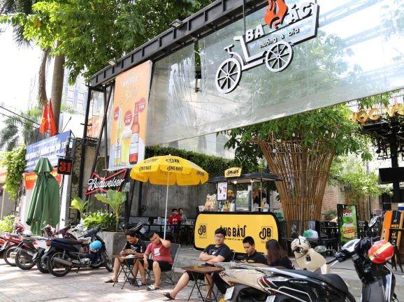 3 ông bầu bóng đá Việt bắt tay với chuỗi vườn bia  - ảnh 1