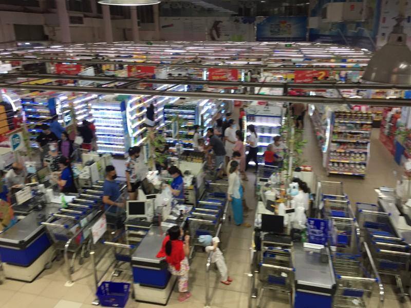 Đang thương thảo về 'số phận' siêu thị Co.opmart Cống Quỳnh  - ảnh 9