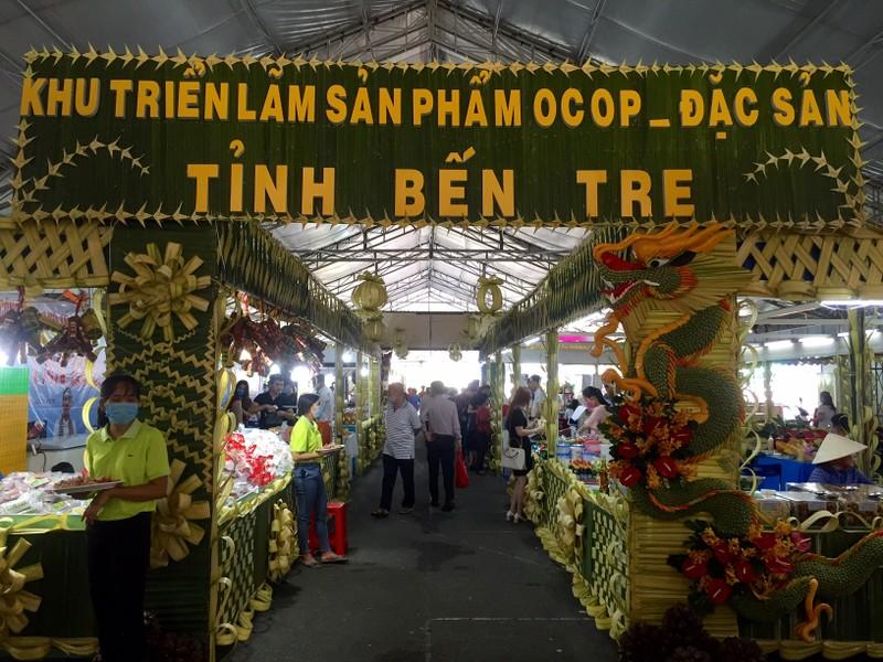 Đại gia Thái Lan đưa dừa Bến Tre sang Đài Loan - ảnh 1