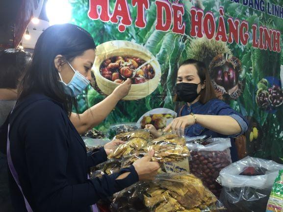Rất nhiều ưu đãi tại Hội chợ xuân Tân Sửu quận Tân Bình 2021 - ảnh 8