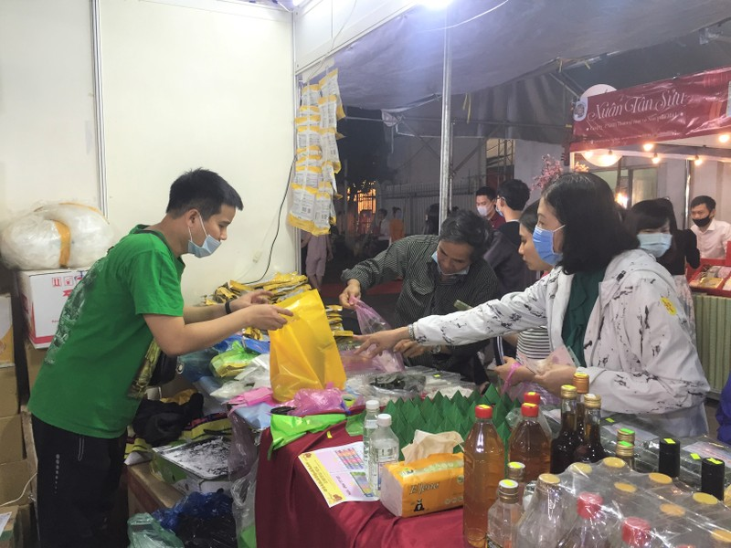 Rất nhiều ưu đãi tại Hội chợ xuân Tân Sửu quận Tân Bình 2021 - ảnh 7