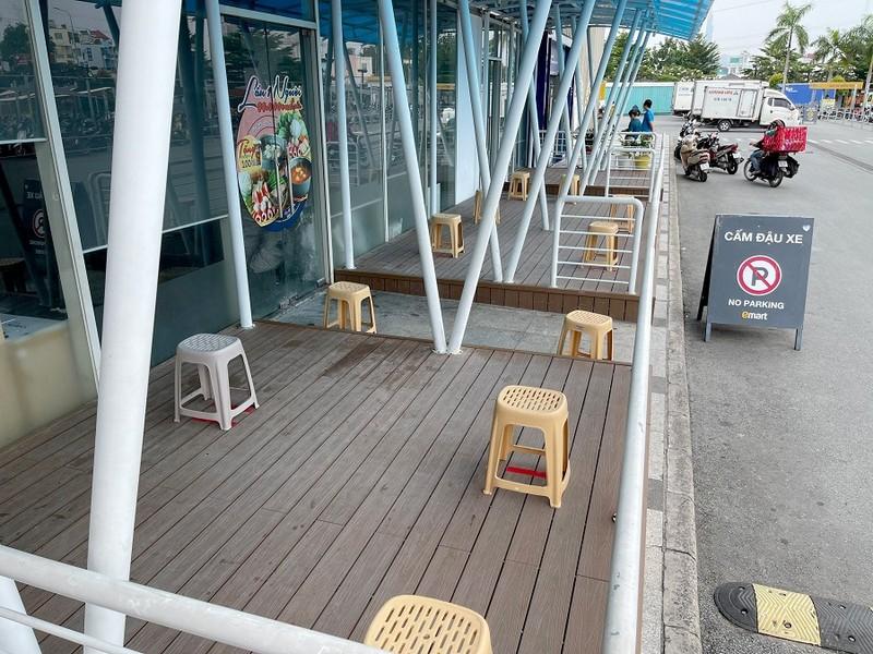 Chiều 4-10, siêu thị Emart đã được mở cửa trở lại  - ảnh 2