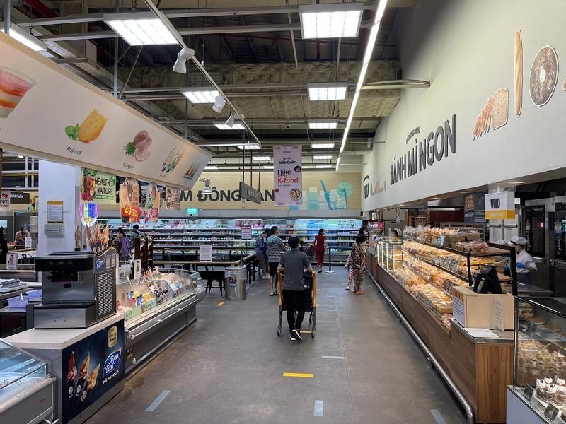 Chiều 4-10, siêu thị Emart đã được mở cửa trở lại  - ảnh 6