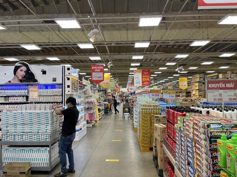 Chiều 4-10, siêu thị Emart đã được mở cửa trở lại  - ảnh 3