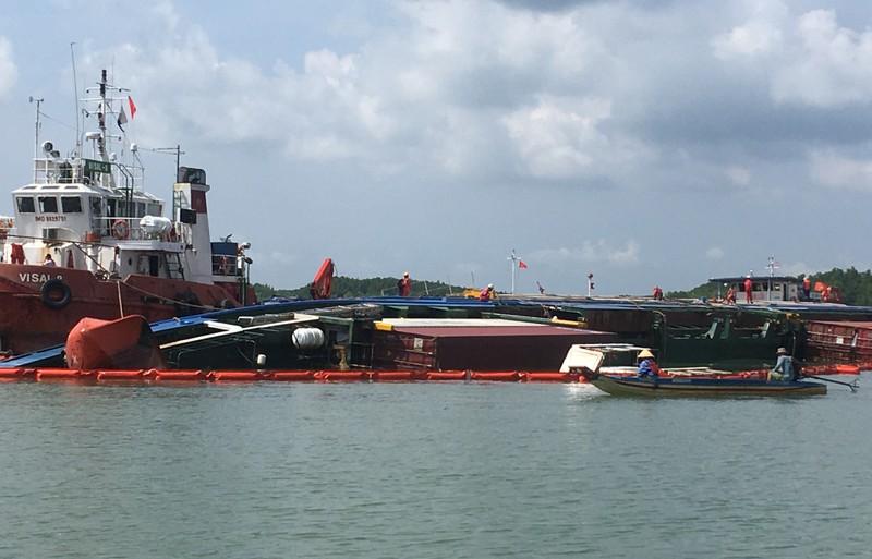 Thông luồng tạm hàng hải tại nơi chìm tàu 8.000 tấn ở Cần Giờ - ảnh 1