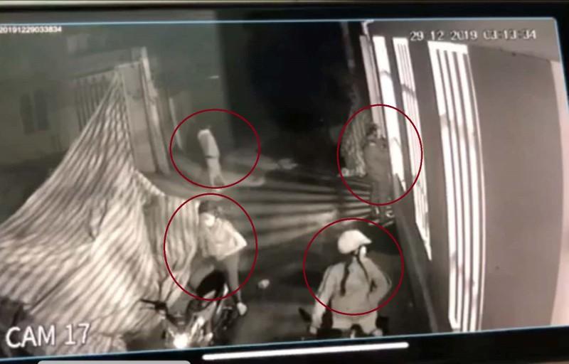Trộm đột nhập nhà riêng lấy mô tô BMW giá 700 triệu đồng - ảnh 1
