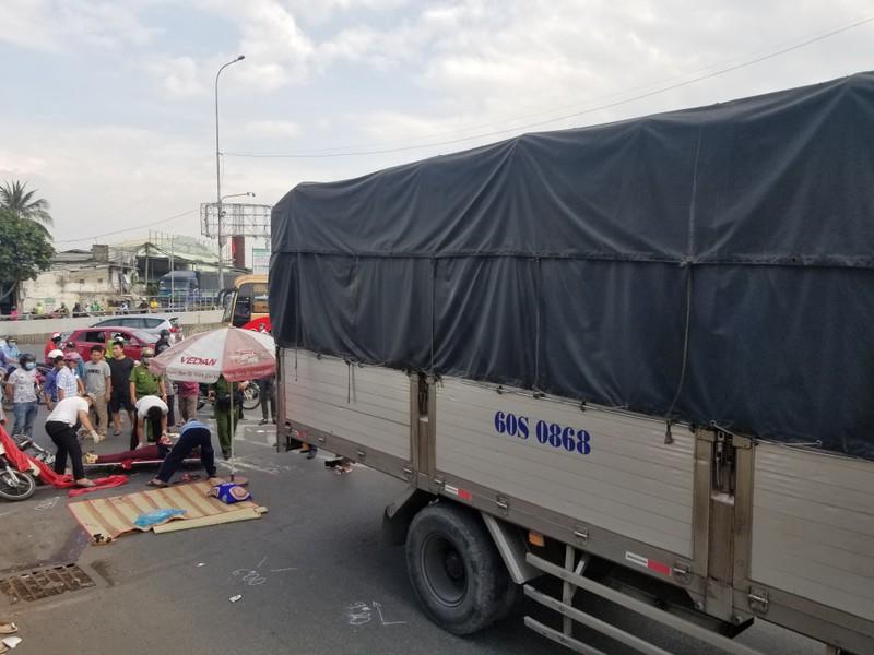 Người phụ nữ bị xe tải cán tử vong tại quận Thủ Đức - ảnh 1