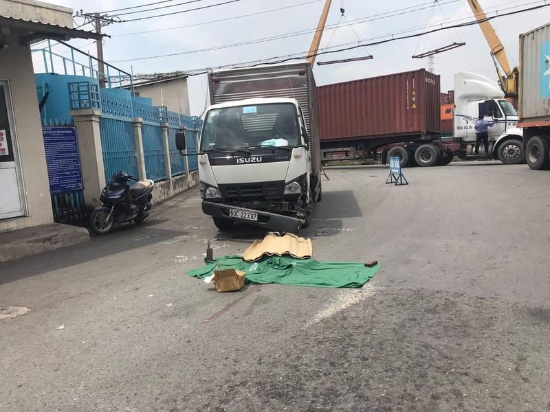 Xe container cán chết tài xế xe tải trong cảng Transimex - ảnh 1