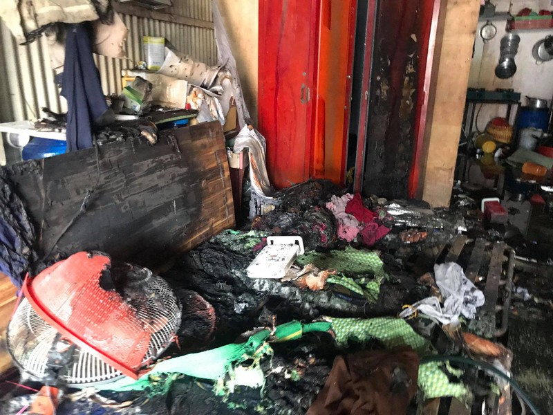 TP.HCM: 16 phòng trọ bị lửa thiêu rụi tại quận 9 - ảnh 1