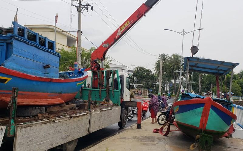 Phú Yên: TX Sông Cầu di dời hơn 37.000 dân tránh bão số 9 - ảnh 2