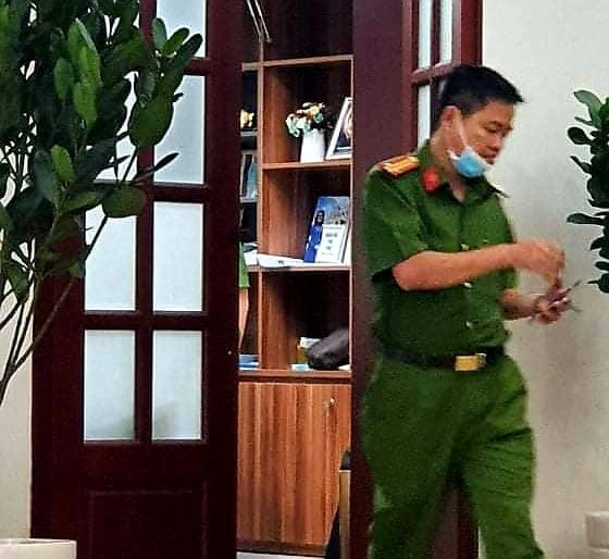 Công an vẫn đang làm việc với Giám đốc BV Mắt TP.HCM - ảnh 2