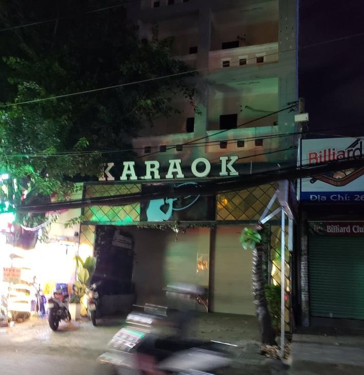 Gò Vấp: Đề nghị rút giấy phép quán karaoke vi phạm lệnh cấm - ảnh 2