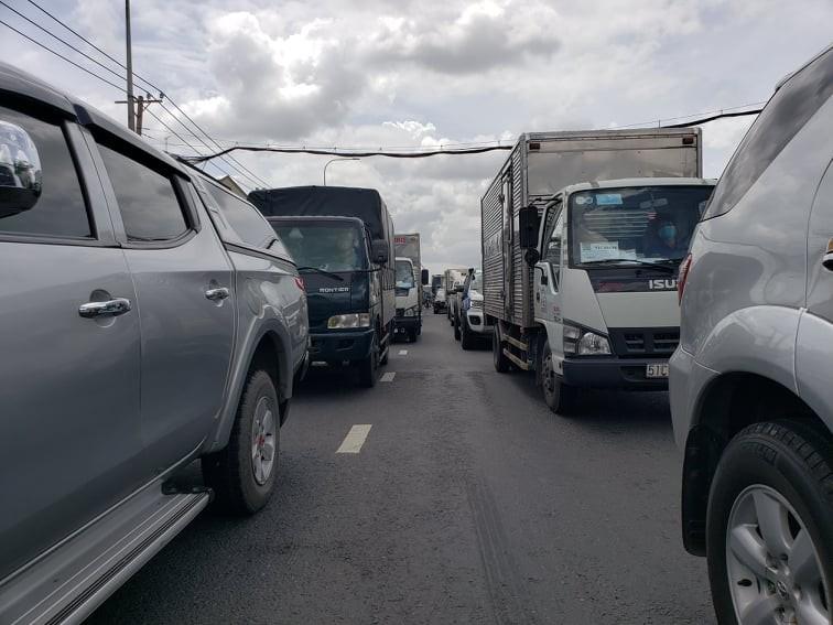 Hàng trăm người rời TP.HCM về các tỉnh Tây Nguyên phải quay đầu xe - ảnh 10