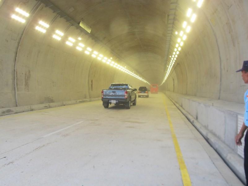 Thông xe hầm đường bộ đèo Cổ Mã - ảnh 4