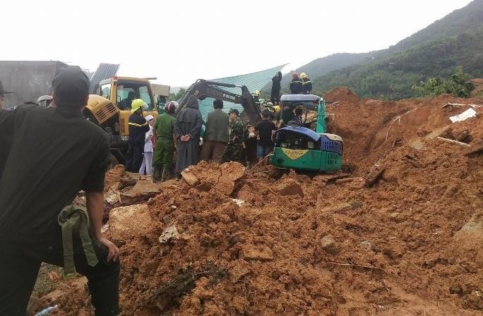 Sạt lở núi kinh hoàng ở Nha Trang, 10 người thương vong - ảnh 9
