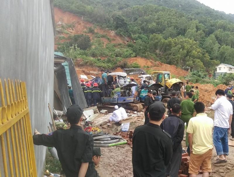 Sạt lở núi kinh hoàng ở Nha Trang, 10 người thương vong - ảnh 1