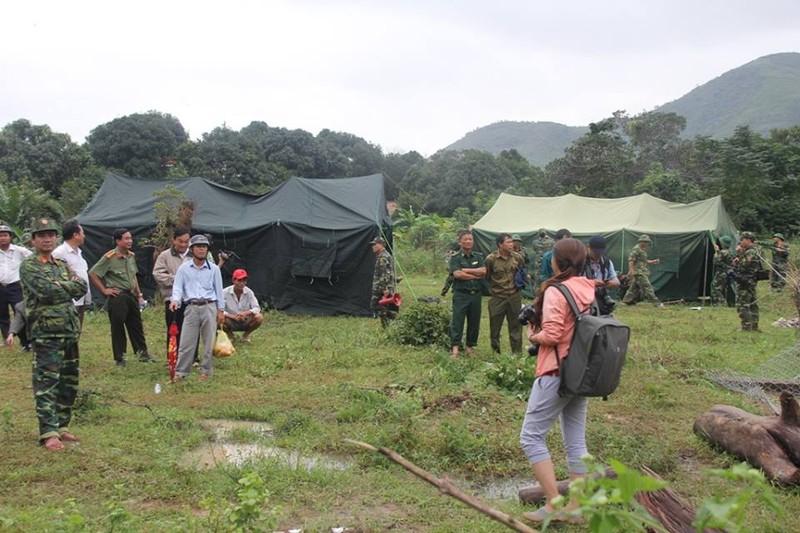 Đang tìm kiếm hai mẹ con vụ sạt lở núi ở Nha Trang - ảnh 5