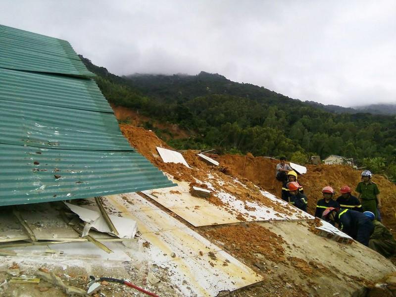 Sạt lở núi kinh hoàng ở Nha Trang, 10 người thương vong - ảnh 2
