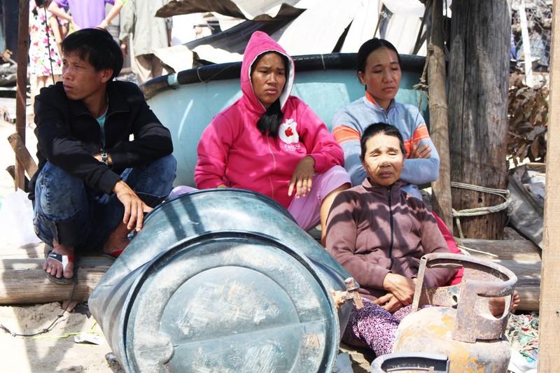 Có đến 70 căn nhà ở Nha Trang bị thiêu rụi - ảnh 2