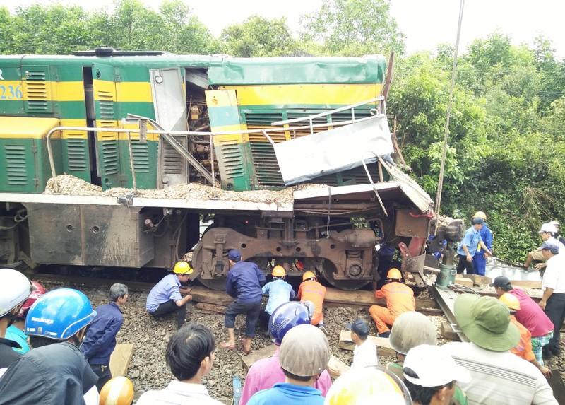 Tai nạn đường sắt ở Bình Định do không đóng gác chắn - ảnh 1