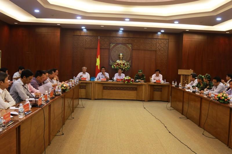 Khánh Hòa ngưng các cuộc họp để chống bão - ảnh 2