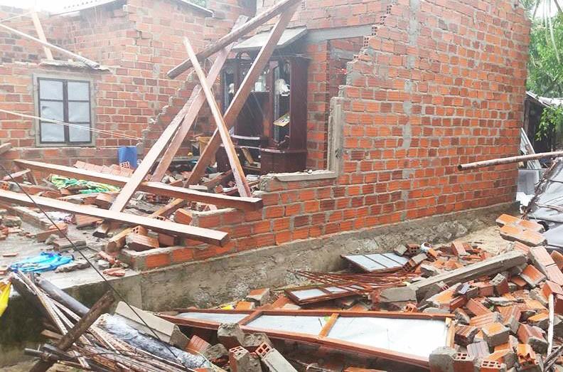 Phú Yên sơ tán khẩn 4.400 hộ dân trước nguy cơ lũ lớn - ảnh 2