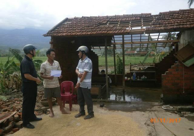 Trợ giúp khẩn cấp người dân vùng tâm bão - ảnh 7