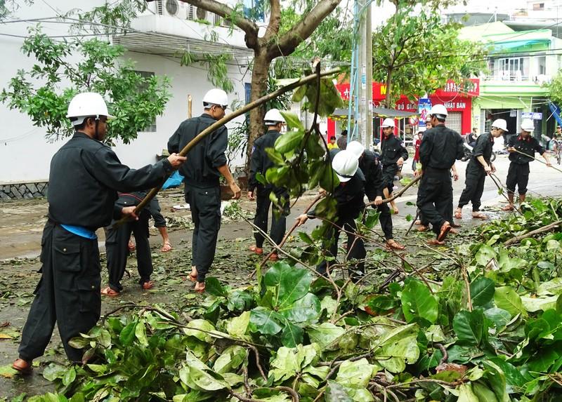 Phú Yên huy động tổng lực khắc phục hậu quả bão số 12 - ảnh 4