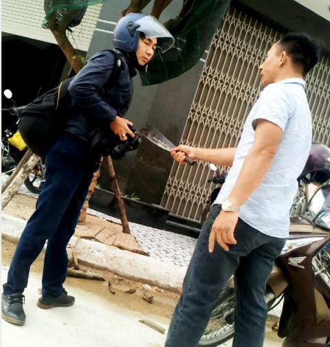 1 PV bị đánh, dọa giết khi đang tác nghiệp ở Bình Định - ảnh 1
