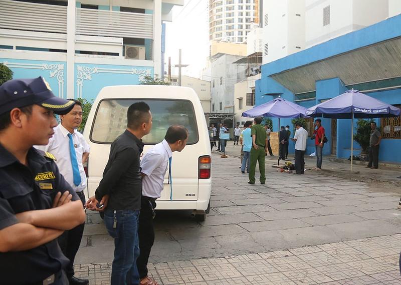 Bị truy sát vì đâm người trong quán karaoke - ảnh 1