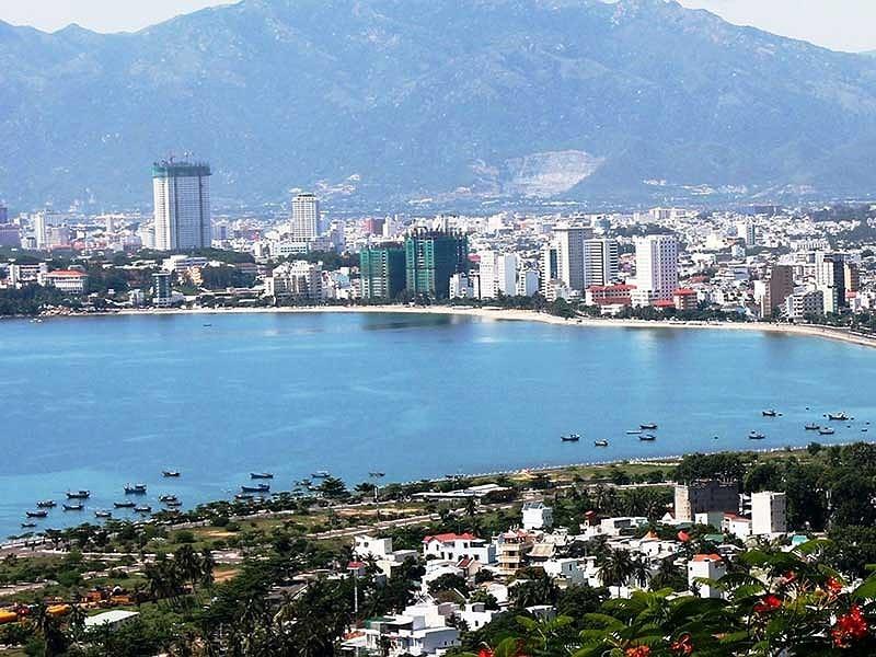 Nha Trang đề nghị tạm dừng xây khách sạn cao tầng - ảnh 1