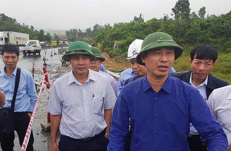 Bộ GTVT kiểm tra hư hỏng quốc lộ 1 đoạn qua Phú Yên - ảnh 1