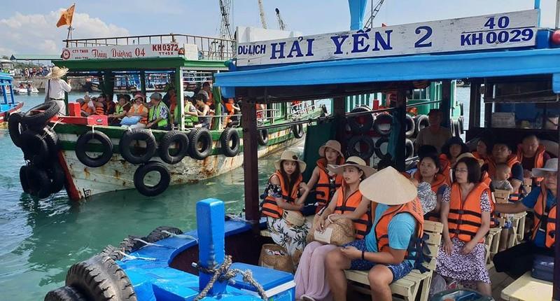 Bộ Công Thương vào cuộc vụ bắt tay tăng giá tour đảo Nha Trang - ảnh 2