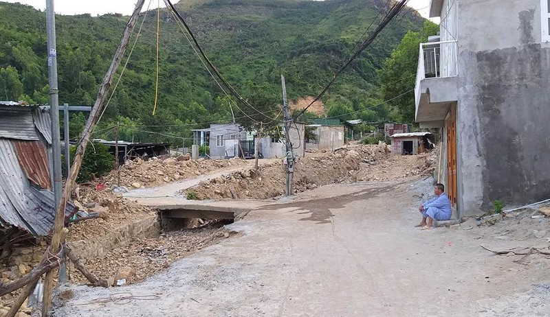 Sau 1 đêm, hàng trăm nhà trái phép mọc lên ở Nha Trang - ảnh 2
