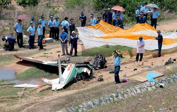 Đề xuất thăng quân hàm 2 phi công hy sinh do rơi máy bay  - ảnh 1