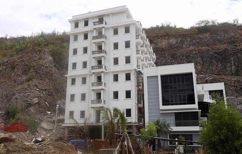 Sẽ cưỡng chế hàng chục biệt thự trái phép ở Nha Trang - ảnh 2
