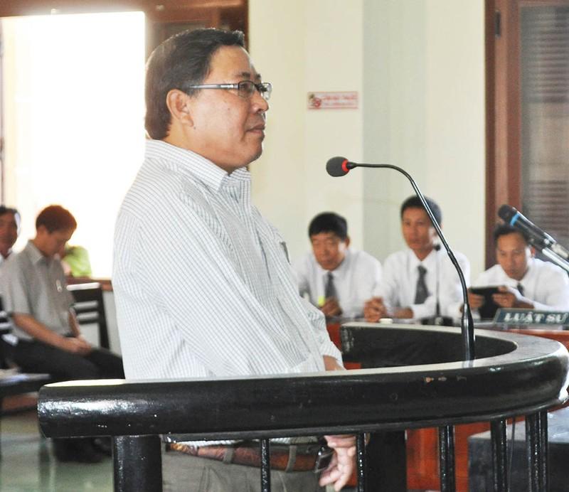 Cựu chủ tịch huyện kêu oan sắp hầu tòa - ảnh 3