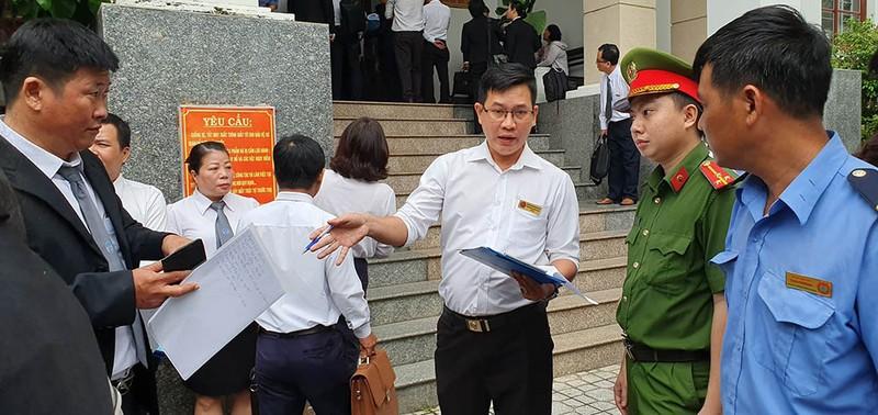 Nhiều báo không được tác nghiệp tại phiên xử LS Trần Vũ Hải - ảnh 3