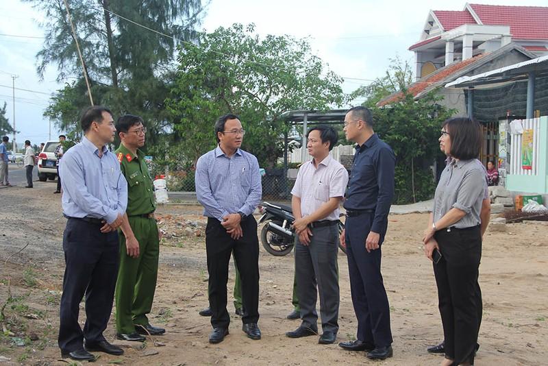 Thủ tướng chia buồn với gia đình các nạn nhân ở Phú Yên - ảnh 3
