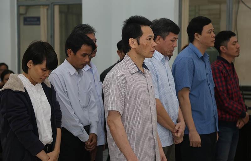 Giám đốc chống hạn trên giấy bị phạt 17 năm tù - ảnh 1