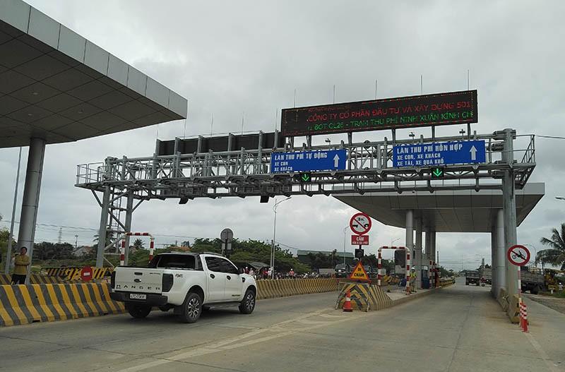 BOT quốc lộ 26 thất thủ ngay ngày đầu thu phí - ảnh 3