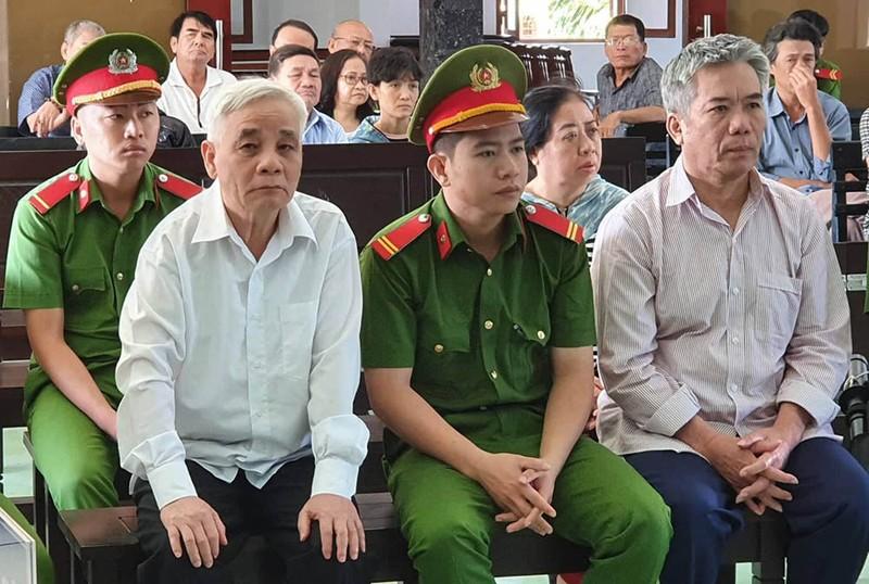 Cựu chánh án Phú Yên phủ nhận cáo buộc tham ô - ảnh 2