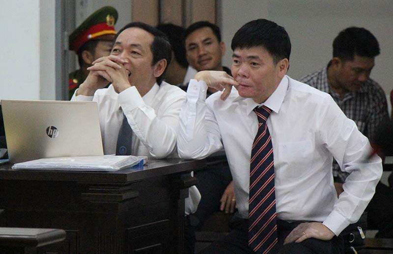 Hoãn xử phúc thẩm vợ chồng ông Trần Vũ Hải - ảnh 1