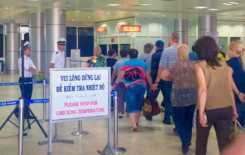 Ngừng đón khách Trung Quốc, du lịch Khánh Hòa ảnh hưởng nặng  - ảnh 1