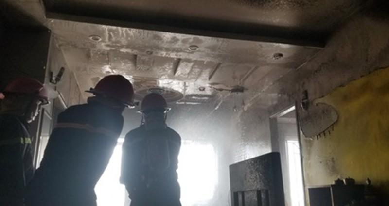 Cháy căn hộ chung cư ở trung tâm TP Nha Trang - ảnh 2