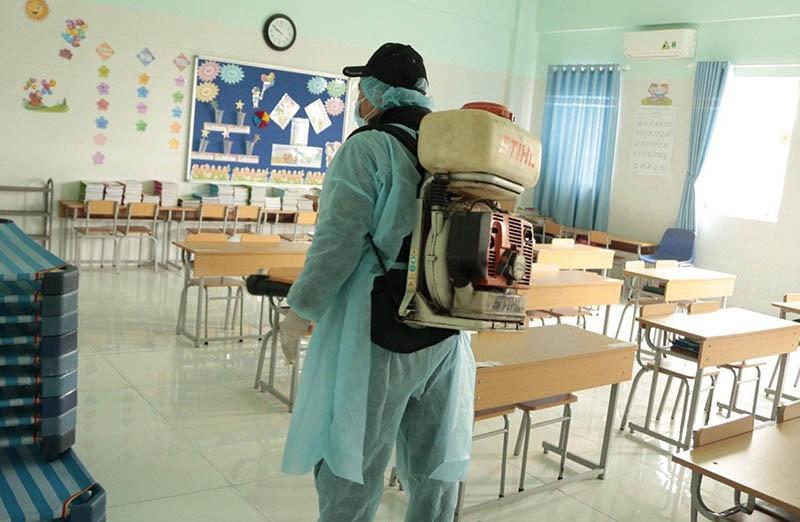 Phú Yên cho học sinh THPT nghỉ học để phòng tránh dịch - ảnh 1