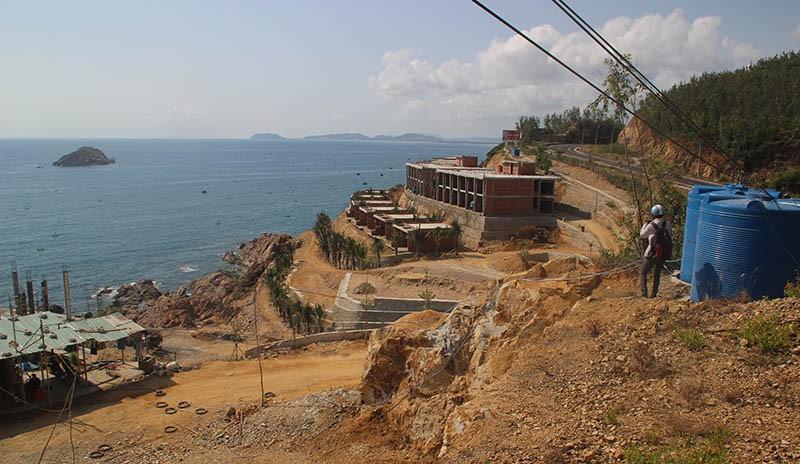 2 dự án nghỉ dưỡng ở Bình Định xây sai phép  - ảnh 1