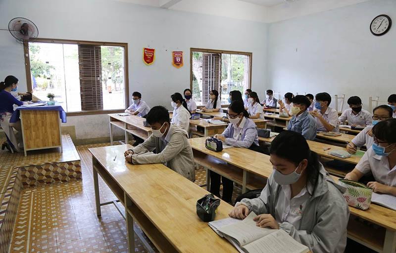 Các trường ở Khánh Hòa không còn chia, giảm, giãn cách lớp học - ảnh 1