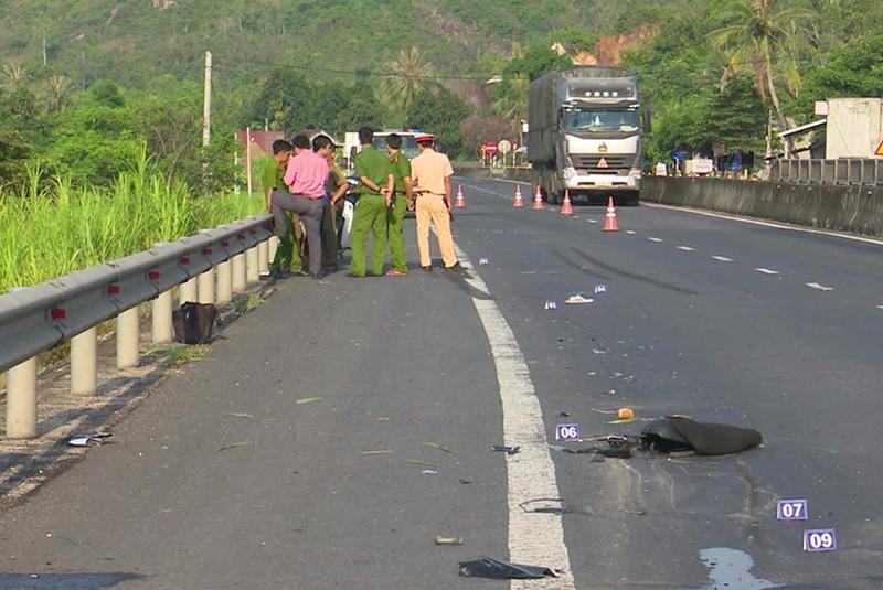 Xe tải tông chết người ở Phú Yên chạy về Hà Nội trốn - ảnh 1